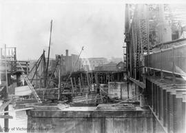 Johnson Street Bridge under construction, rest pier - railway side