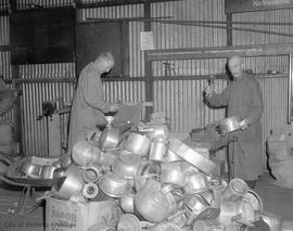 War effort, collecting metal