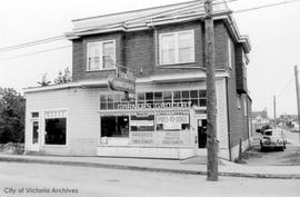 401 Burnside Road. Garner's Grocery