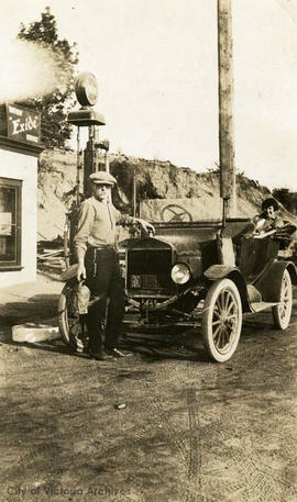 Frank Cameron and Mary Fox at a gas station up Island - Crofton turn-off