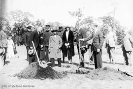 Tree planting ceremony with King Prajadhipok of Siam (Thailand) in Mayor's Grove, Beacon Hill Park