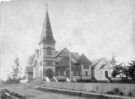 Emmanuel Baptist Church, 1900 Fernwood Road at Gladstone