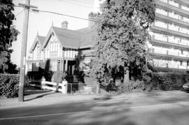 Herbert Kent family home at 238 Douglas Street