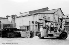 300-400 Bay Street. Victoria Machinery Depot