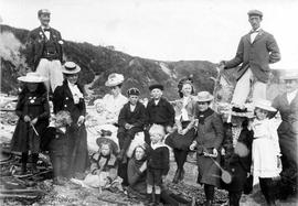 Boggs and Elworthy families on the beach at Dallas Road