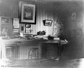 Muirhead & Mann mill office, Store Street, interior