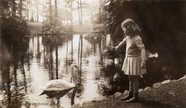 Frances Hobby in Beacon Hill Park, age 5