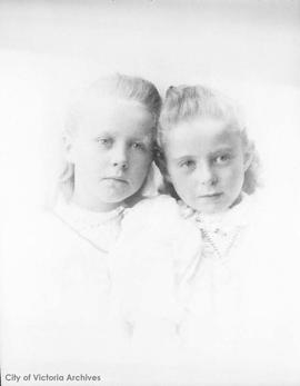 Gladys and Abby Cameron