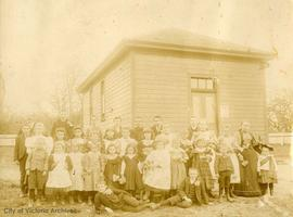 Class photo, Cadboro Bay School