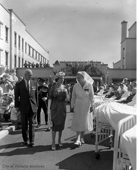 Queen Elizabeth II at Veterans Hospital
