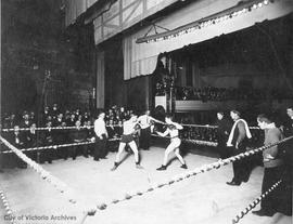Boxing match in the Victoria Theatre