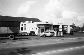 326 Bay Street. Shell service station
