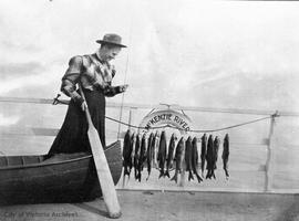 Agnes Deans Cameron with trout, Great Slave Lake