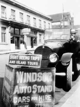 Windsor Auto Stand, sightseeing tours