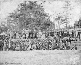Gordon Highlanders group at St Andrew and Caledonia Society grounds on Simcoe Street