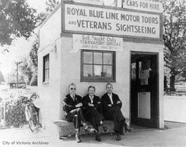 Royal Blue Line Motor Tours office S.E. corner of Government Street and Belleville Street. Stan H...