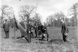 Sir Arthur Currie planting tree in Mayor's Grove, Beacon Hill Park