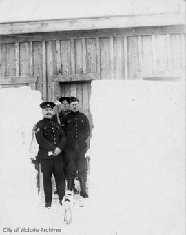 Great snow 1916, Sergeant's quarters, Macaulay Fort