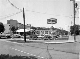 1669 Fort Street. Texaco gas station