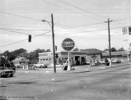 980 Hillside Avenue. Gulf gas station