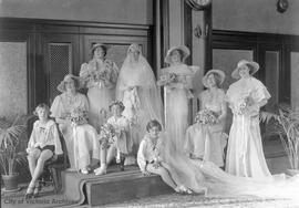 Stoddart wedding (possibly Cassa Stoddart to James Birtwistle - 02 Sep 1933)