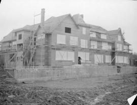 Oak Bay Hotel under construction