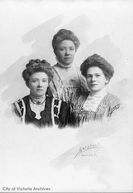 Margaret, Jane and Mary Ellen Wilson.  Daughters of George and Elizabeth Wilson.  Margaret marrie...