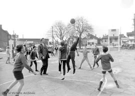 North Ward School recess