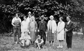 Group including Audains, Wingfields, Dunsmuirs, Littles and others