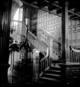 "Robert Dunsmuir family home known as ""Craigdarroch Castle"", staircase"