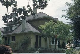 "William Curtis Ward family home at 1021 Gillespie Place known as ""Highwood"""