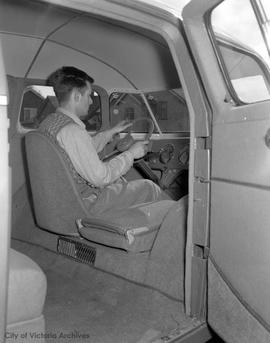 HB Oldfield and JH Norton's Dimaxion car , interior