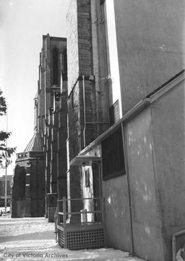 Christ Church Cathedral prior to construction of choir room
