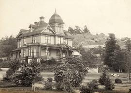 """Hollywood"", 1901 Fairfield Road (on the western slope of Gonzales Hill at Foul Bay and Fairfield Roads). Thomas Shotbolt residence"