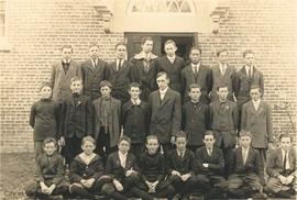 South Park School manual training class; Mr. Murray, teacher (Norman Fatt 2nd from right in 2nd row)