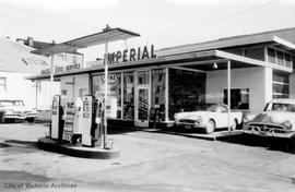 1403-1413 Blanshard Street. Imperial service station