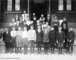 Boys Central School class.  Maurice Humber and Bruce Hutchinson