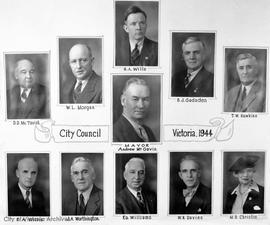 City Council with Mayor Andrew McGavin
