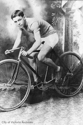 Joe Hancock, professional cyclist