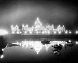 Parliament Buildings and Inner Harbour at night (Christmas illuminations)