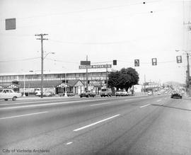Douglas Street looking north from Hillside Avenue. Colony Motor Inn