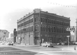"Leiser building ""Queen's Hotel"" on Store St. and Johnson (demolished)"