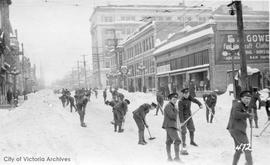 Troops clearing Government Street during the 'Great Snow'