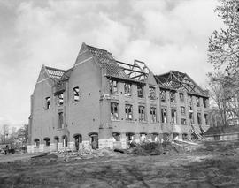 Victoria High School (1902) being demolished