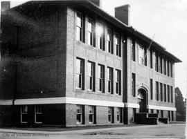 Quadra School