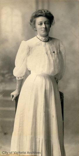 Esther Mary Floyd (nee Johnston)