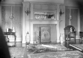 534 Vancouver Street, Lawrence and Gertrude Genge residence, Interior