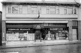 1921-1923 Fernwood Road. Fernwood Pharmacy